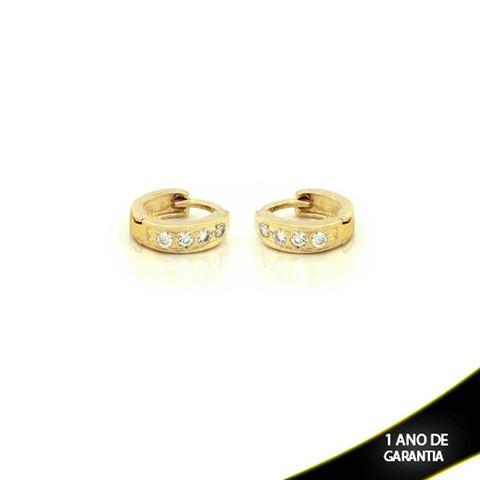 Imagem de Brinco Argola para Cartilagem com Quatro Zircônias - 0210132