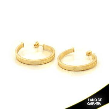 Imagem de Brinco Argola Tubo Quadrado Fosca com Detalhes Diamantados - 0210310