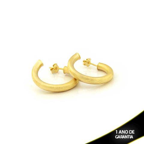 Imagem de Brinco Argola Tubo Fosco com Detalhes Diamantados - 0210313