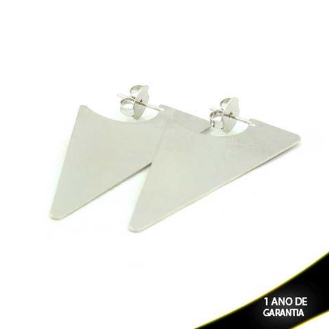 Imagem de Brinco Triângulo Trabalhado em Banho de Ródio - 0211468